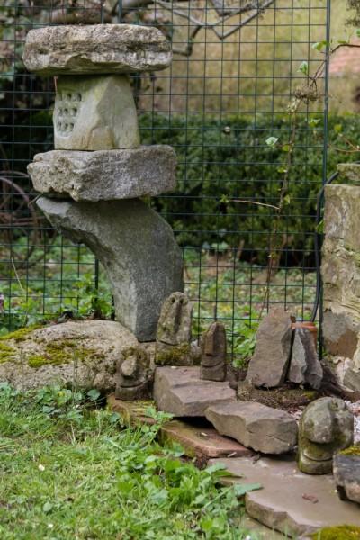 Steinlaterne Sandstein 5 Teile groß