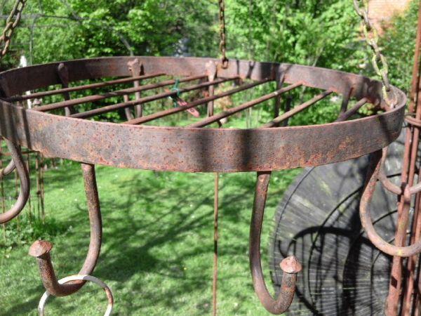 Speck- oder Wildhaken Eisen Rost rund 4 Ketten