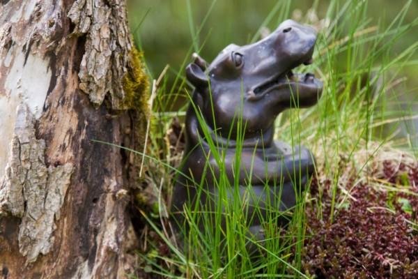 Nilpferd sitzend Bronze Wasserspeier